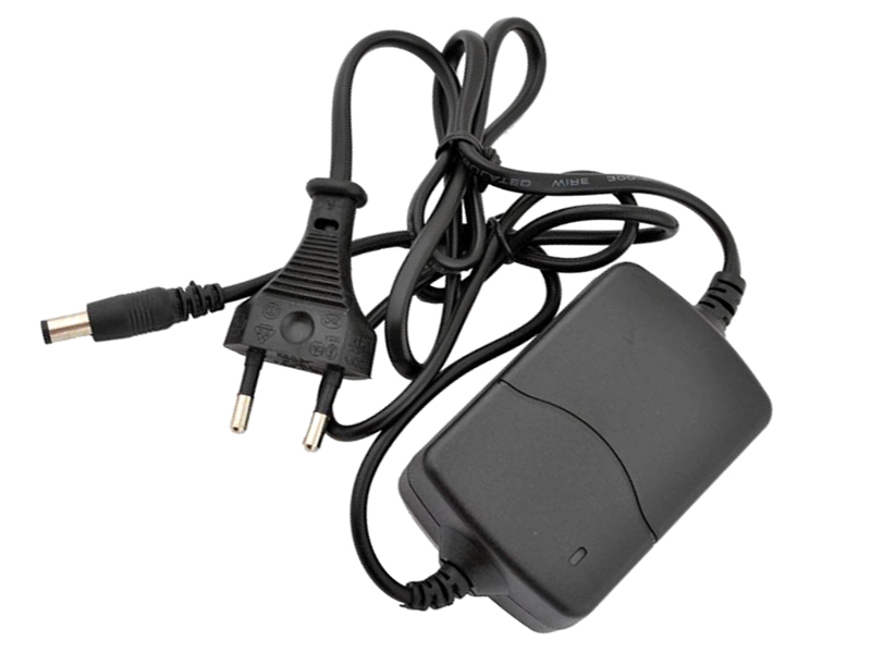 Стабилизированный блок питания 12В для микрофонов системы аудиорегистрации.